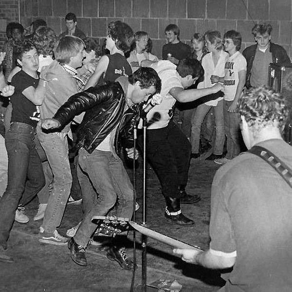 Hüsker Dü, North Base National Guard Armory, Norman OK, 22 Jan 1983