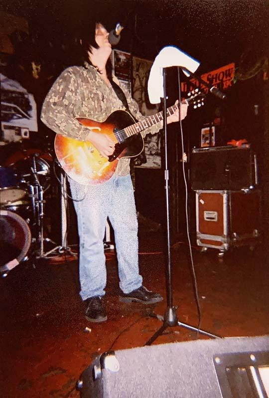 Grant Hart @ Eagle Tavern, San Francisco CA, 18 Sep 2003