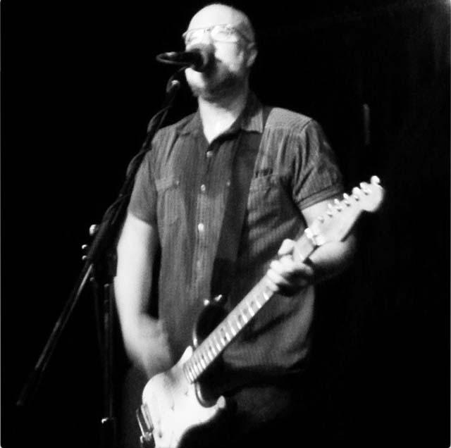 Bob Mould @ Vaudeville Mews, Des Moines IA, 04 Oct 2014